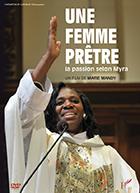 Une femme prêtre