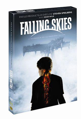 Falling Skies : Par le producteur exécutif Steven Spielberg : L'intégrale de la première saison / Carl Franklin, Greg Beeman, Fred Toye..., [et al.] réalisation | Franklin, Carl. Metteur en scène ou réalisateur