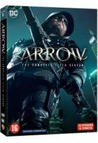 Arrow / Stephen Amell, Katie Cassidy, David Ramsey, [et al], act. ; Blake Neely, compos. |
